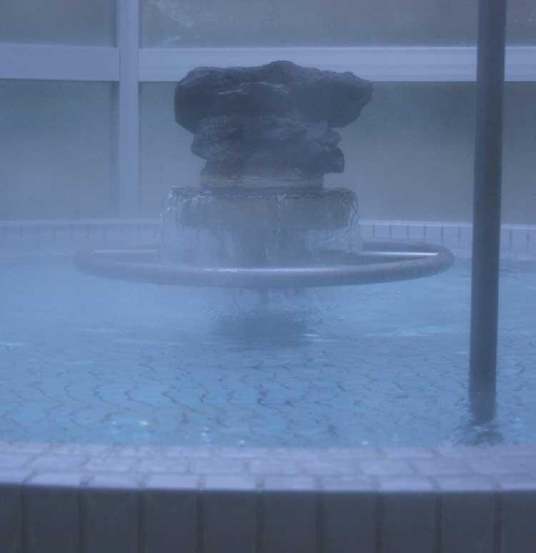 亀田温泉の露天風呂