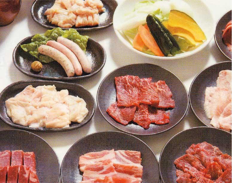 黒べこ家のテーブルバイキングで食べられるお肉