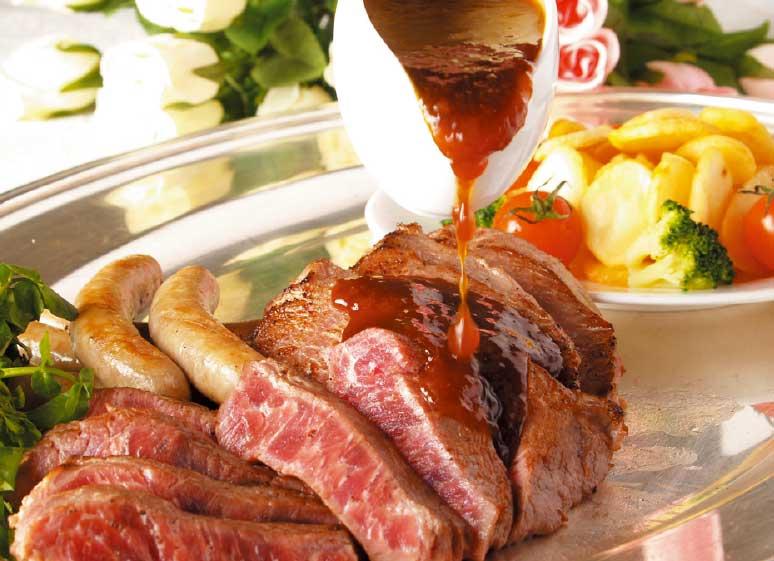 函館大沼プリンスホテルの肉系ビュッフェ料理