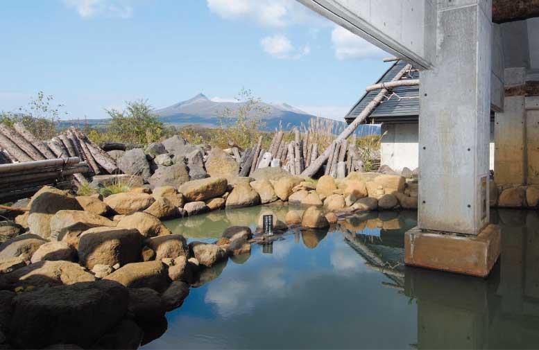 大沼流山温泉の露天風呂