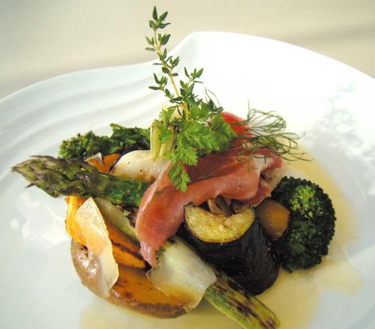 ベイサイドレストランみなとの森のいろいろ焼き野菜サラダ