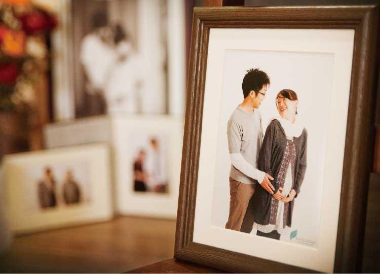 フォトスタジオタニスギ写楽館で撮った夫婦の写真