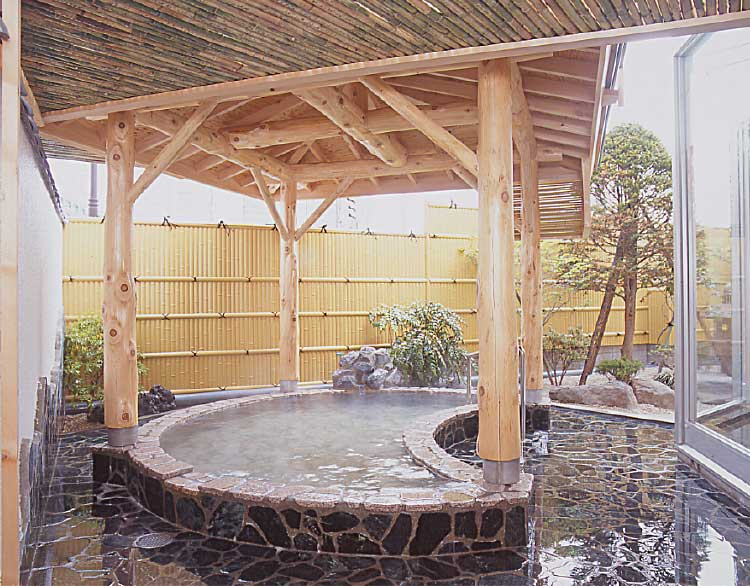 湯元「入川」の露天風呂