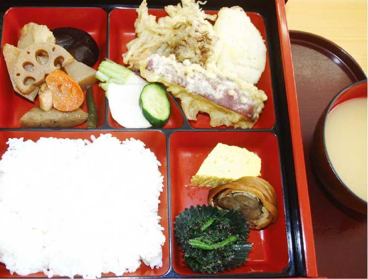 藤食堂の本日のおすすめ弁当