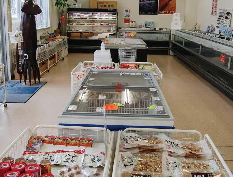 トナミ食品工業株式会社の物販コーナー