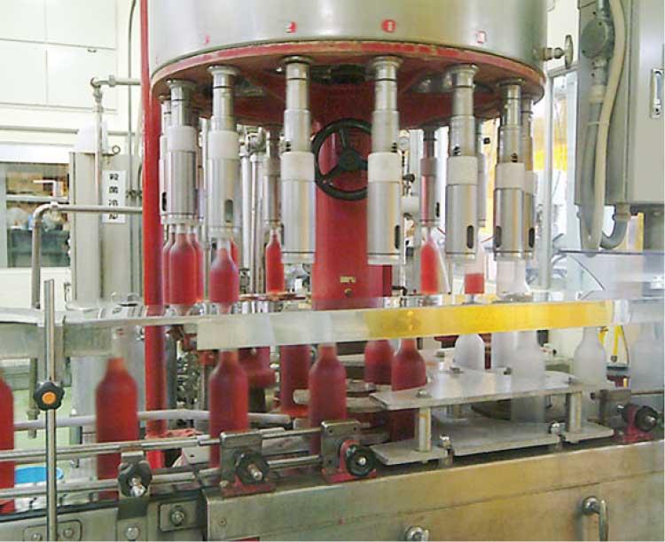 株式会社はこだてわいんのワイン製造工場