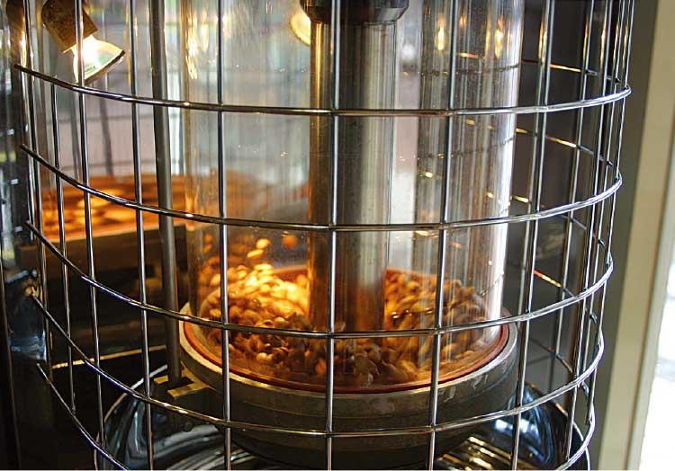 珈琲焙煎工房函館美鈴大門店で焙煎されてるコーヒー