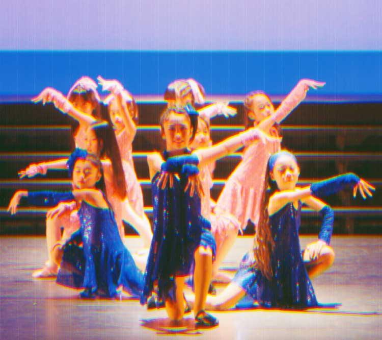 Rダンスカンパニーの子供の講演
