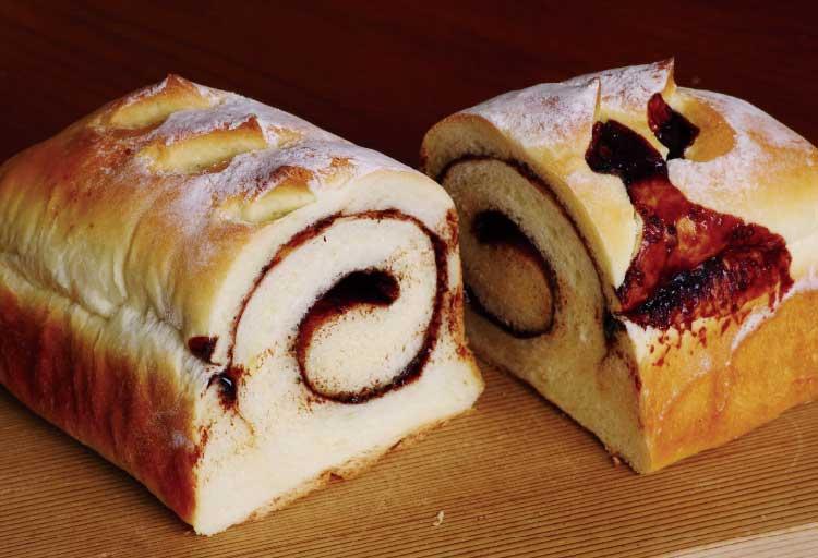 パンとお菓子の店コワンのココアシナモンローフ