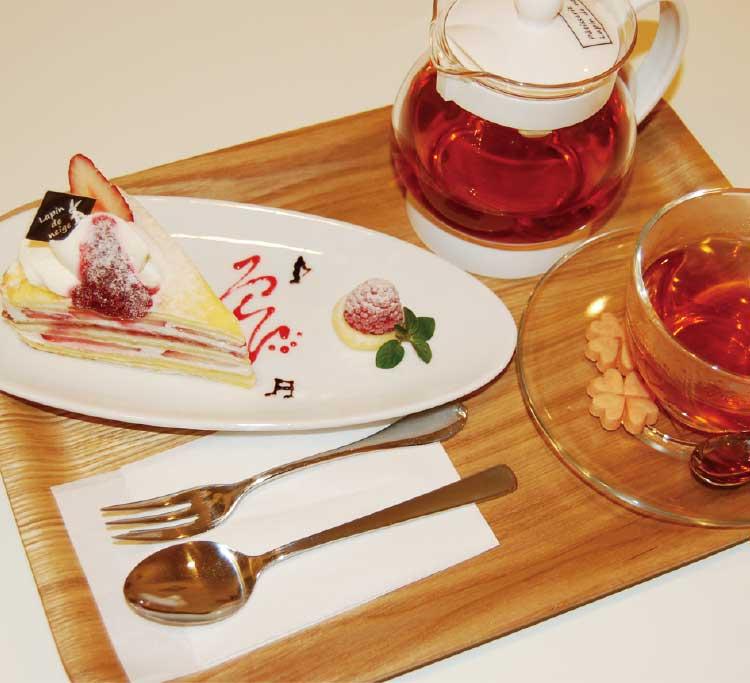 パティスリーラパン・ド・ネージュのミルクレープと紅茶