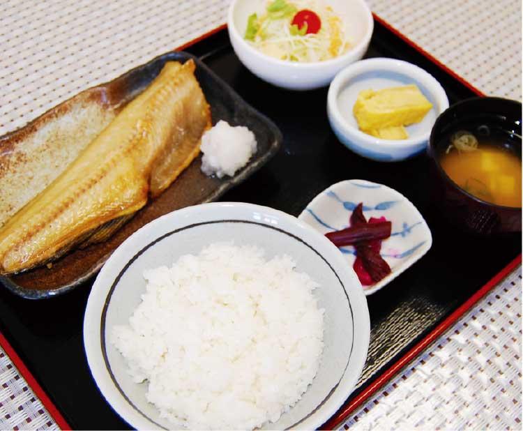 函館青果市場食堂十字軒の日替わり定食