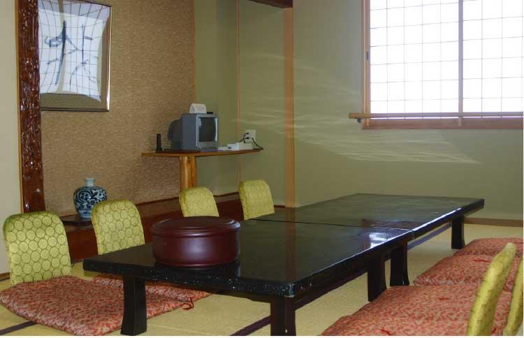 湯元入川のお昼の定食プラン個室