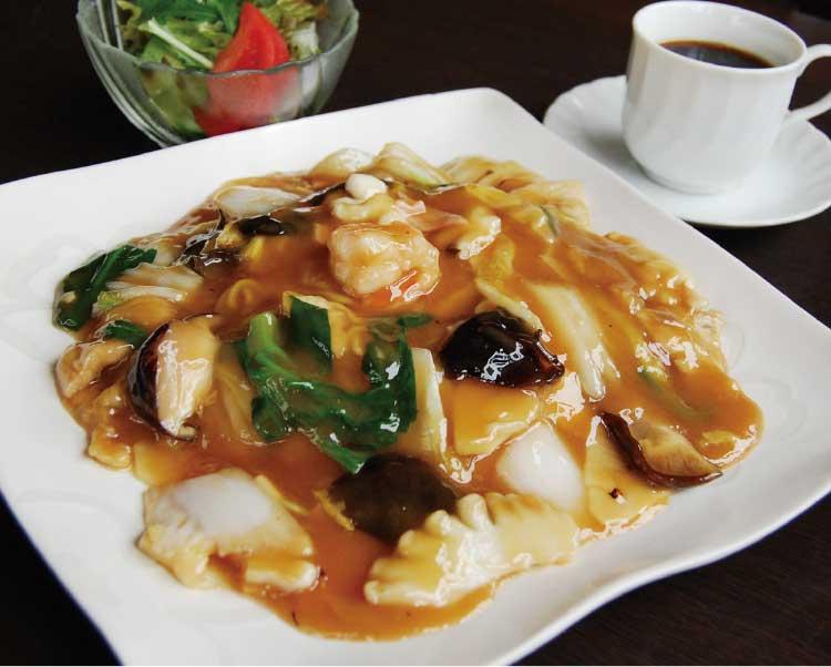 中華レストランoasisのあんかけ焼きそば