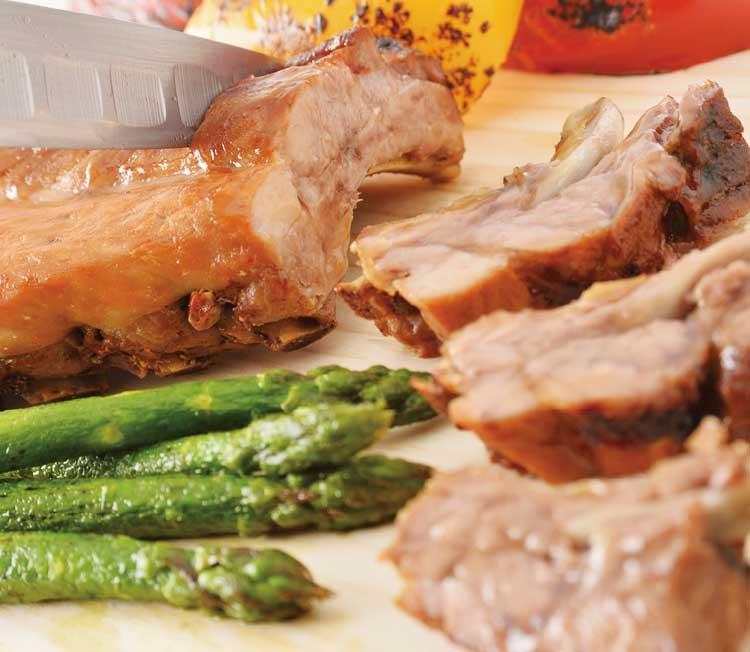 キッチンルームSHIKIランチビュッフェのお肉