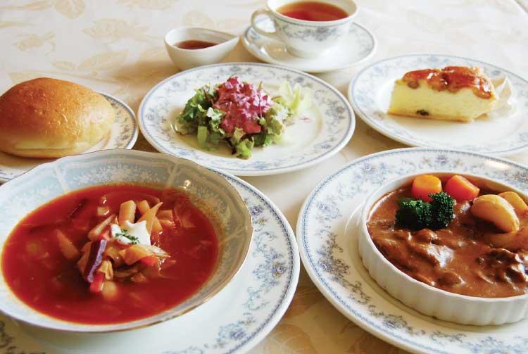 五島軒のロシア料理セット
