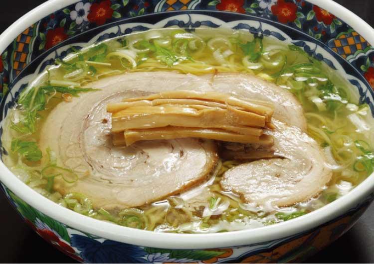 麺厨房あじさいの味彩塩拉麺