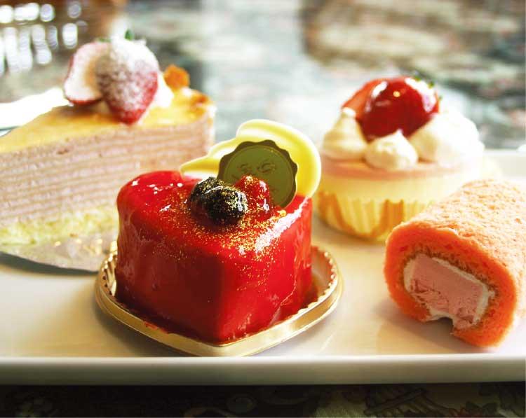 ミモザの苺を使ったケーキ