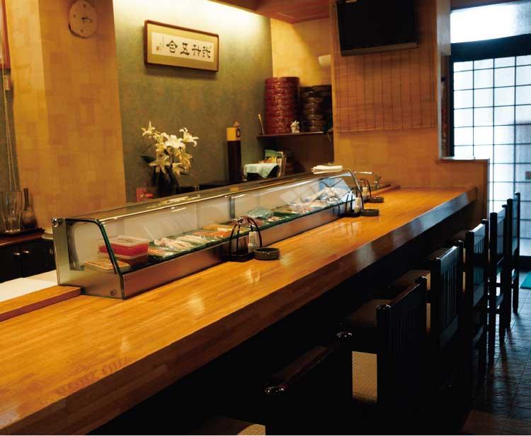 奴寿司のカウンター席