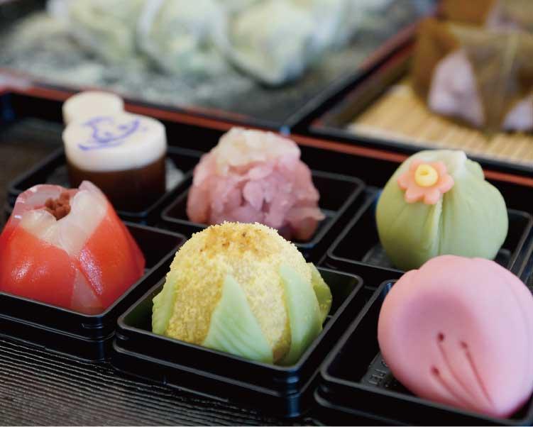 菓子処龍栄堂の上生菓子