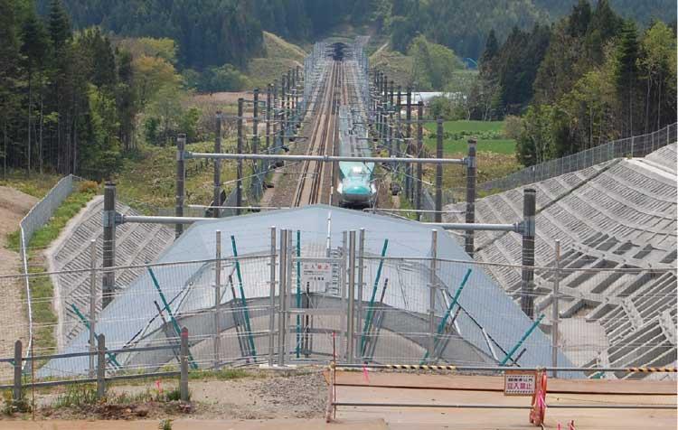 北海道新幹線ビュースポットから見える北海道新幹線