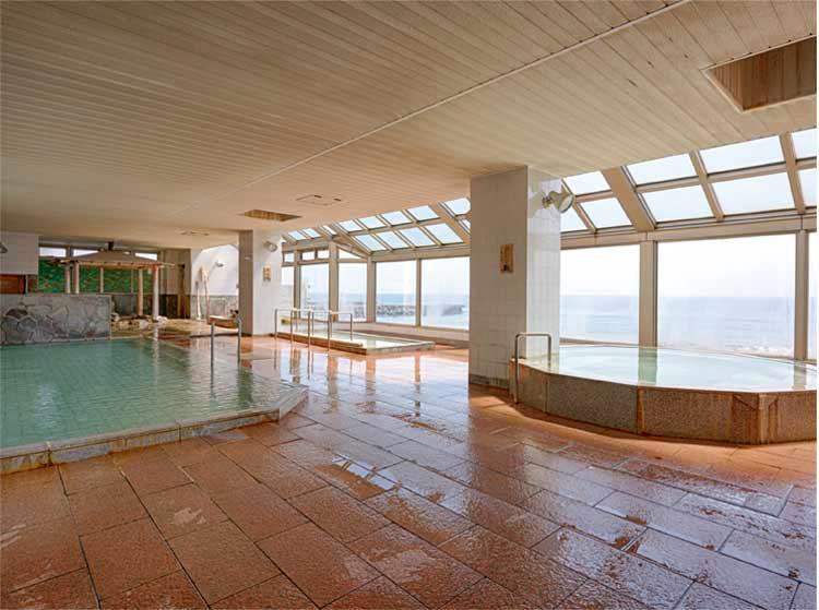 湯の浜ホテルの展望風呂