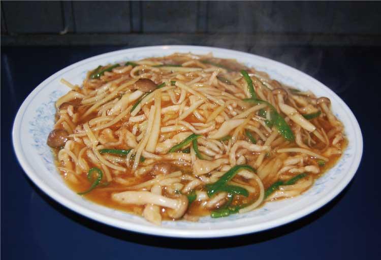 中国料理 幸珍の「豚肉とピーマンの細切りあんかけ焼きそば」