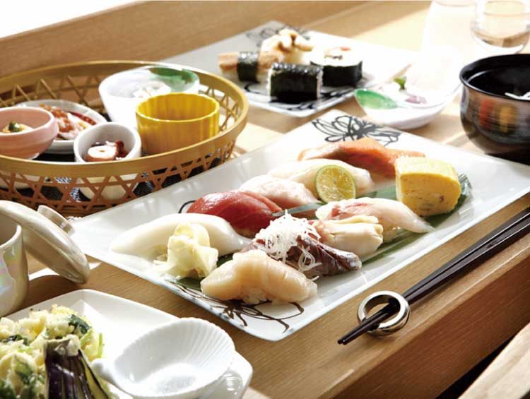 湯の川温泉 笑 函館屋 函館近海の鮮魚を使ったお寿司がメインのコース