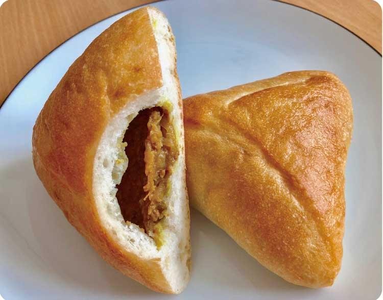 フランスパン生地の揚げないカレーパン