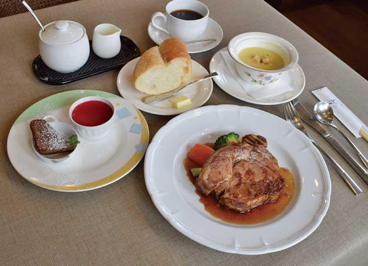 洋風料理 小川亭「あかぎ豚の柔らかソテー」