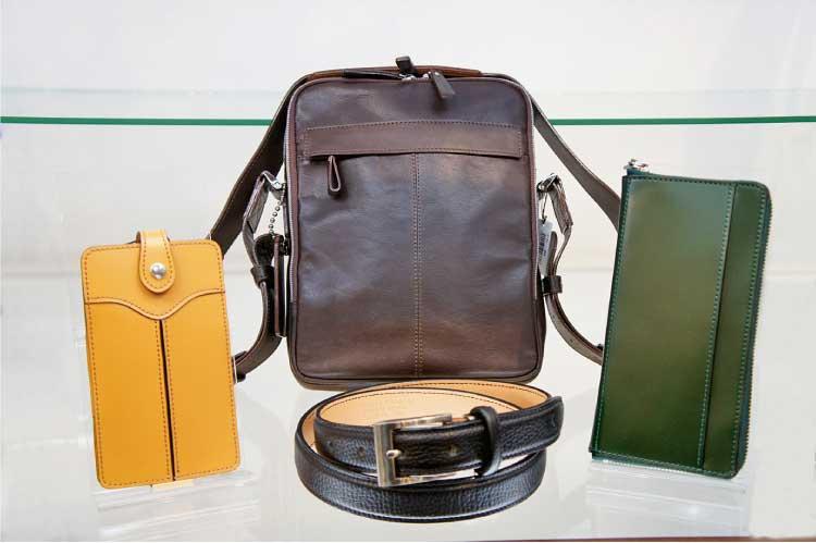 手作り鞄の専門店 水芭蕉 函館店 ショルダーバッグ、ベルト、長財布、スマートフォンケース
