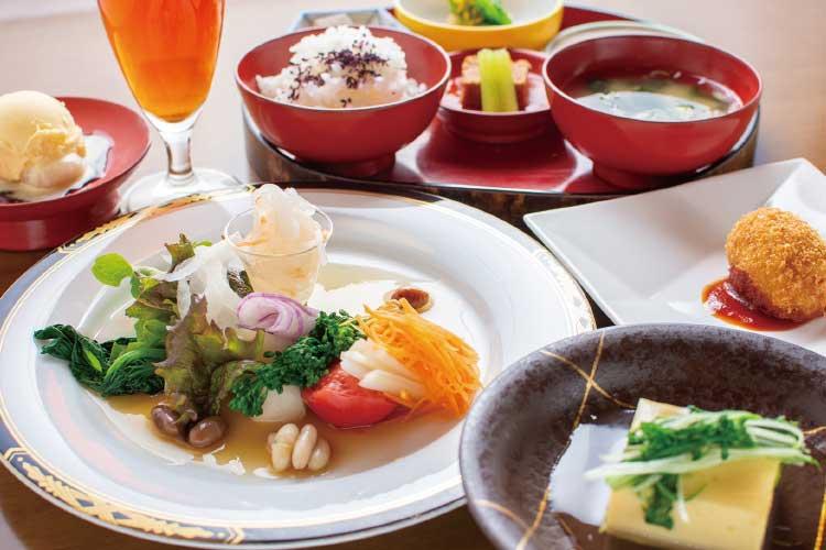 『五稜郭 代志川』の自家製無農薬野菜のコース