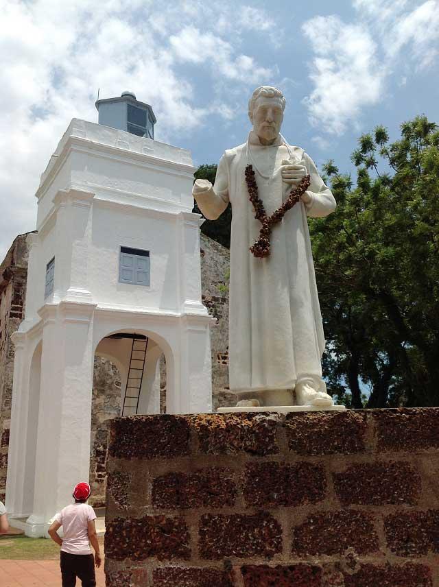 フランシスコ=ザビエルの像