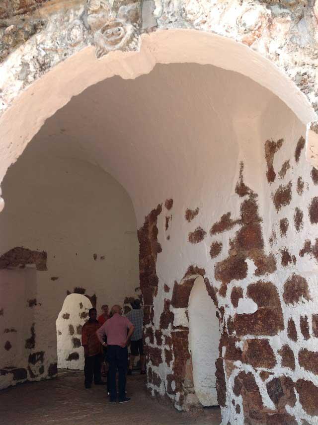 サンチャゴ砦にある石造りの門